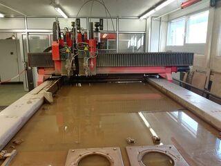 Bystronic Byjet 3015 CNC découpage de l'eau-1