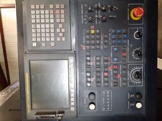 Tour Hwacheon Hi Tech 700 MC-5