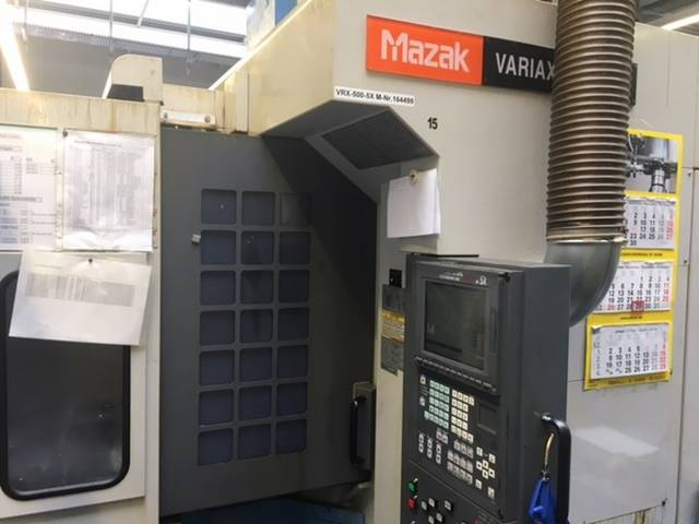 plus d'images Fraiseuse Mazak Variaxis 500 5X - Production line 2 machines / 14 pallets, A.  2005