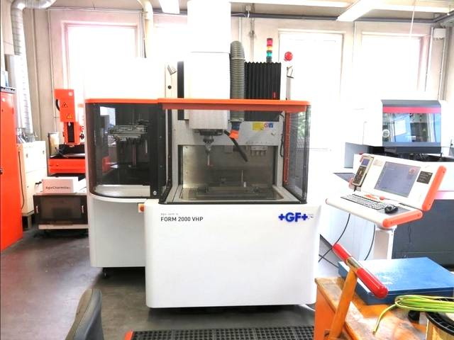 plus d'images Agie Charmille Form 2000 VHP Machine EDM