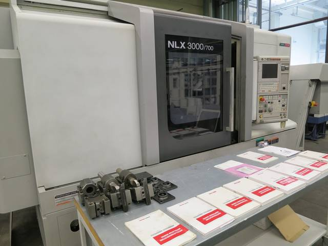 plus d'images Tour Mori Seiki NL 3000 Y